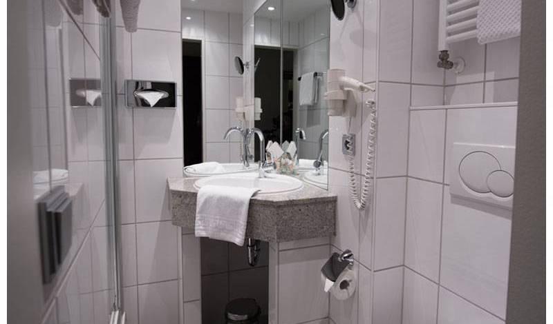 Hotel Am Augustinerplatz - Get cheap hostel rates and check availability in Innenstadt, traveler rewards 15 photos