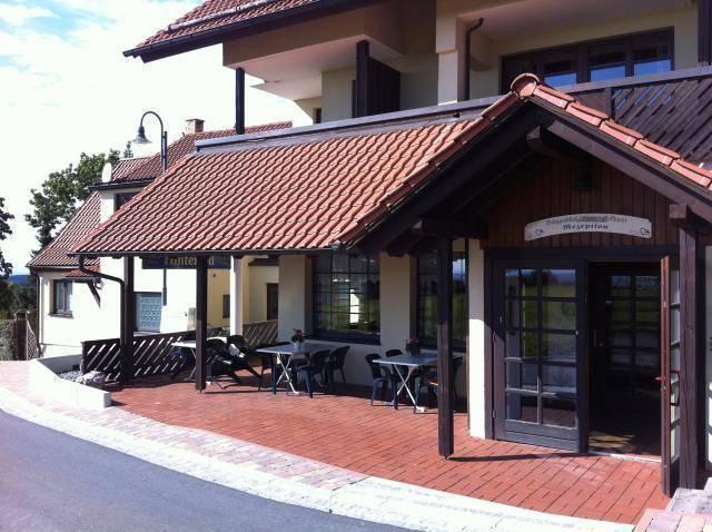 Hotel Hinterrod, Hinterrod, Germany, Yaz tatili için hosteller içinde Hinterrod
