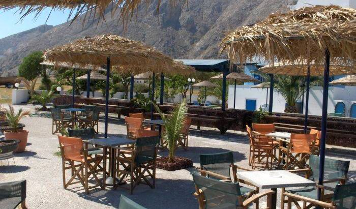Loukas Hotel -  Perissa, bed and breakfast bookings 20 photos