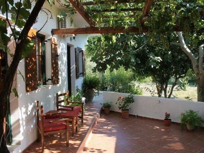 Hariklia Rent Rooms, Ano Zaros, Greece, Greece bed and breakfasts and hotels