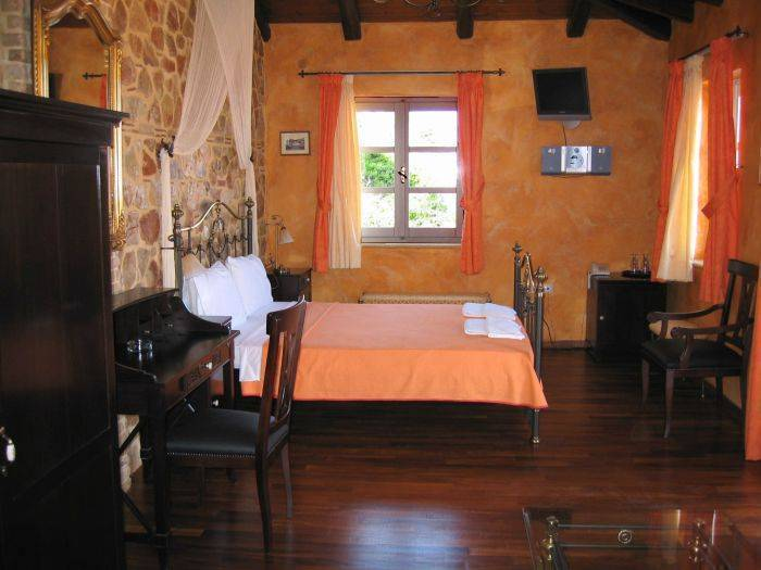 Hotel Acronafplia, Nafplio, Greece, find adventures nearby or in faraway places, book your bed & breakfast now in Nafplio