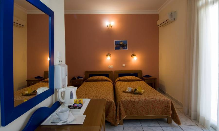 Hotel Carolina, Athens, Greece, safest places to visit and safe hostels in Athens