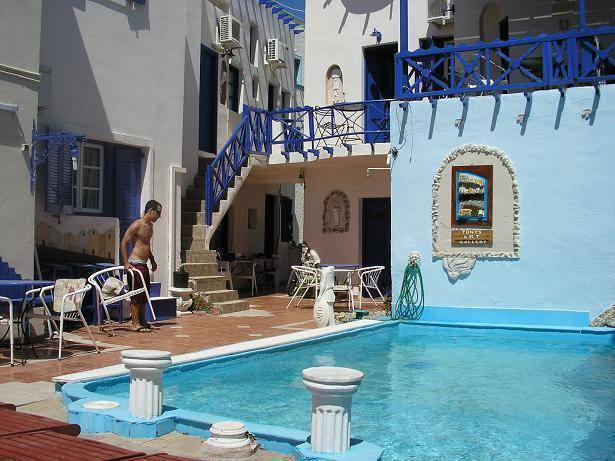 Tony's Villas, Santorini, Greece, bed & breakfasts with air conditioning in Santorini