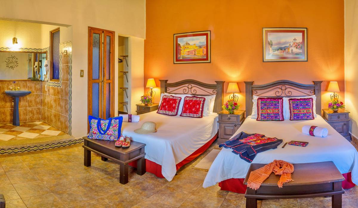 Hotel Casa del Parque, Antigua Guatemala, Guatemala, backpackers gear and staying in cheap hotels or budget hostels in Antigua Guatemala
