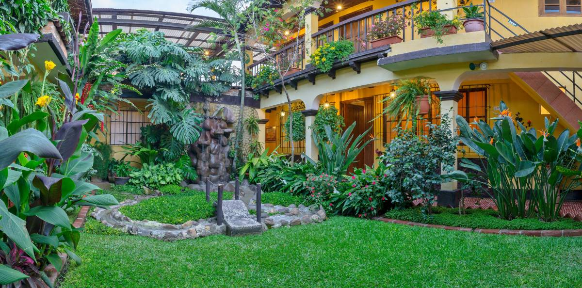 Hotel Las Camelias Inn, Antigua Guatemala, Guatemala, search for bed & breakfasts, low cost hotels, B&Bs and more in Antigua Guatemala