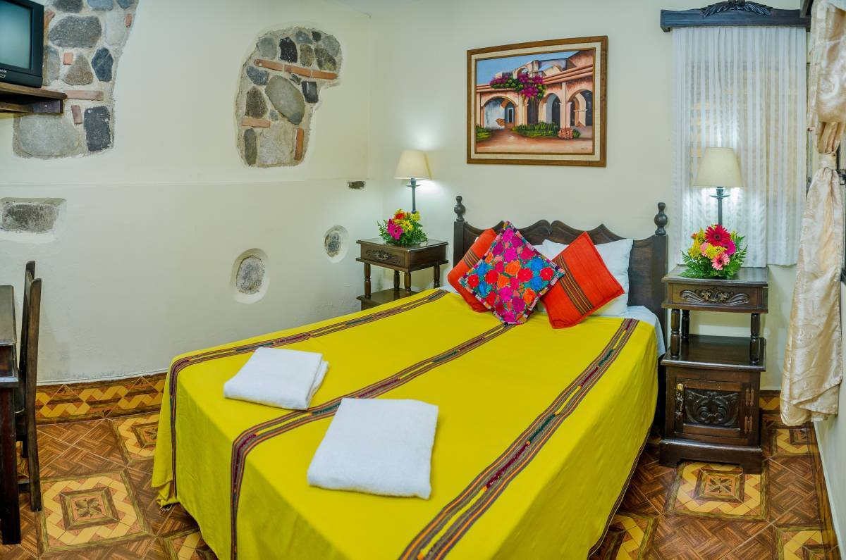 Posada San Vicente, Antigua Guatemala, Guatemala, best deals for hostels and backpackers in Antigua Guatemala
