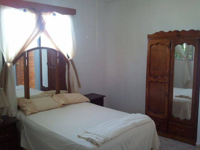Pacot Breeze Hotel, Port-au-Prince, Haiti, reservations for winter vacations in Port-au-Prince