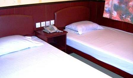 Hong Kong Downtown Backpackers - Search available rooms and beds for hostel and hotel reservations in Tsim Sha Tsui 7 photos