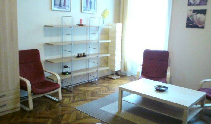 BPCity Studio - Search available rooms and beds for hostel and hotel reservations in Budapest, Angyalföld, Hungary hostels and hotels 6 photos