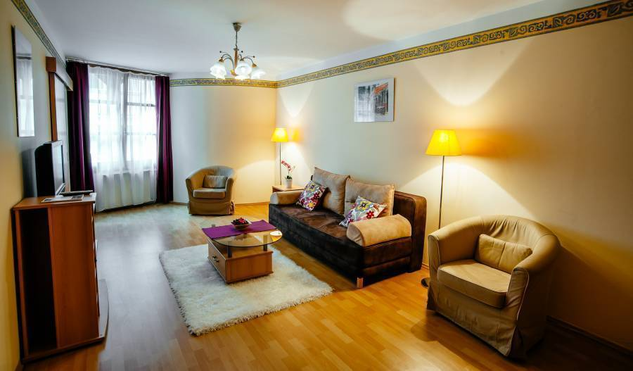 E and G Residence, Budapest, Hungary, book hostels in Budapest
