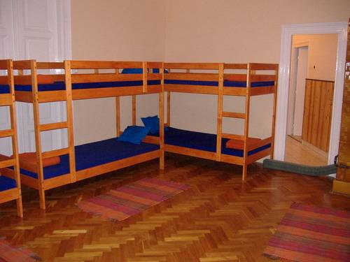 Leanback Hostel Budapest, Budapest, Hungary, late bed & breakfast check in available in Budapest