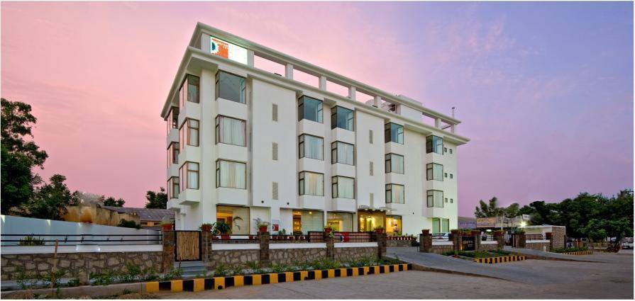 Clarks Inn, Alwar, India, India hostels and hotels