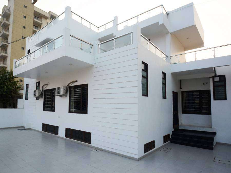 Comfort Stay, Faridabad, India, India hostels and hotels