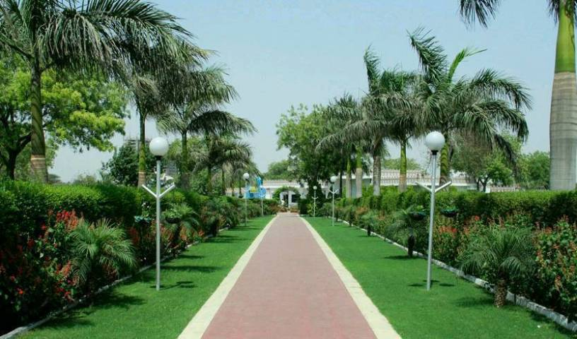 Airport Motel Aapno Ghar Resort - Search for free rooms and guaranteed low rates in Gurgaon 55 photos