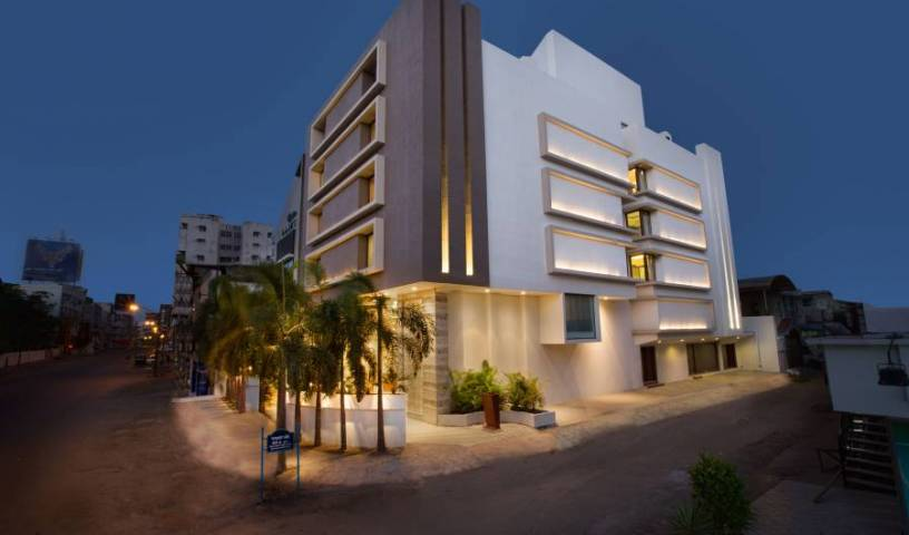 Bizz The Hotel - Get cheap hostel rates and check availability in Rajkot 11 photos