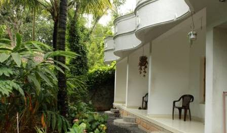 Bougainvilla Homestay - Search available rooms and beds for hostel and hotel reservations in Thekkady 15 photos