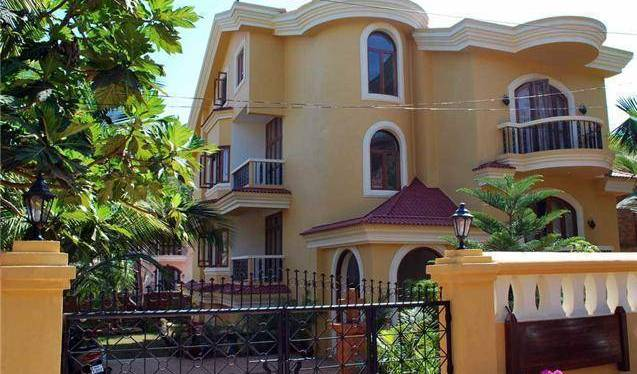 Bougainvillea Guest House - Get cheap hostel rates and check availability in Candolim 7 photos