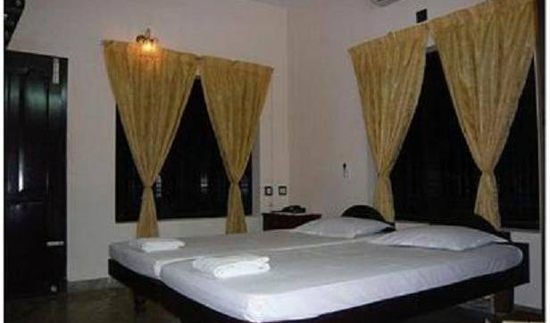 Dreams Beach Resort - Get cheap hostel rates and check availability in Varkala 3 photos