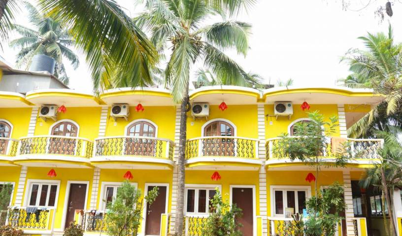 Dreams Palm Beach Resort - Get cheap hostel rates and check availability in Calangute, youth hostel 7 photos