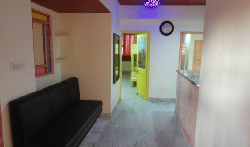 Hostel Jodhpur Beds - Search available rooms and beds for hostel and hotel reservations in Jodhpur 3 photos