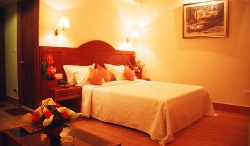 Hotel Bangalore Gate -  Bengaluru, local tips and recommendations for bed & breakfasts, motels, hotels and inns 16 photos