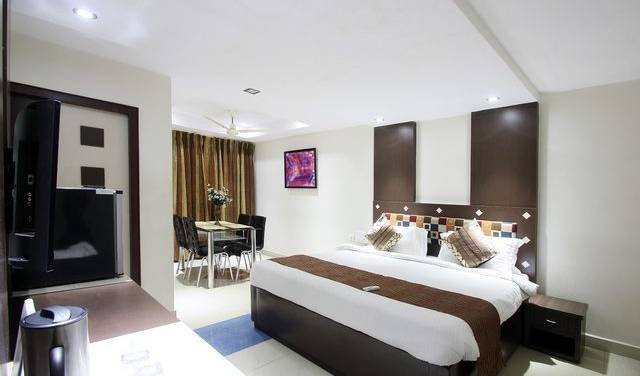 Hotel Kosala - Search available rooms and beds for hostel and hotel reservations in Vijayawada, youth hostels and backpackers for fall foliage 1 photo