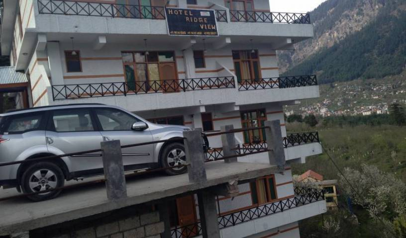 Hotel Ridge View and Cottages - Get cheap hostel rates and check availability in Manali, youth hostel 20 photos