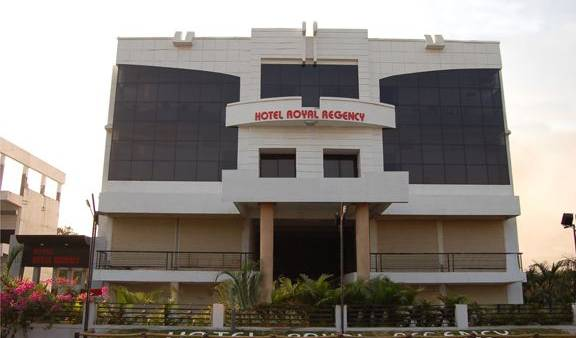 Hotel Royal Regency - Search available rooms and beds for hostel and hotel reservations in Borgaon, how to find the best hostels with online booking 14 photos
