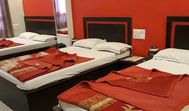 Hotel Surbhi Palace - Get cheap hostel rates and check availability in Udaipur, backpacker hostel 34 photos