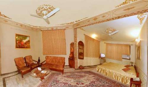 Hotel Teerth Palace - Search available rooms and beds for hostel and hotel reservations in Pushkar 4 photos