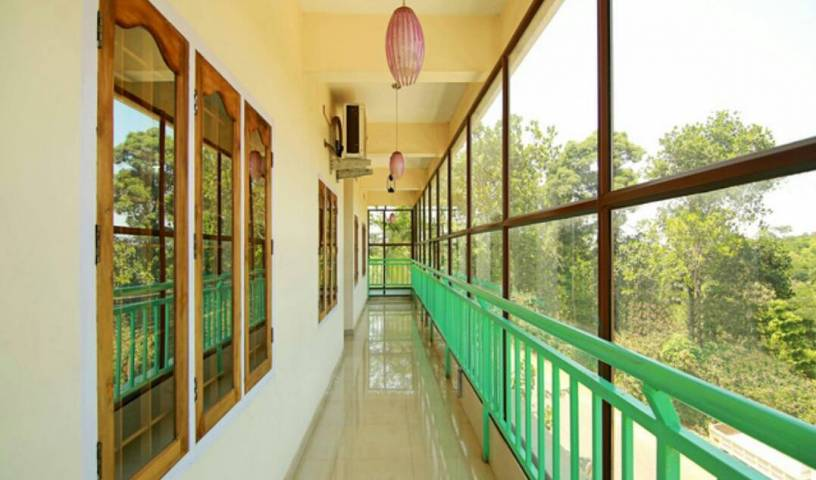 Mackal Residency Anakkara - Search available rooms and beds for hostel and hotel reservations in Thekkady 7 photos