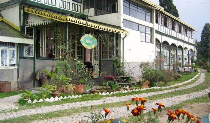 Main Olde Bellevue Hotel - Search available rooms and beds for hostel and hotel reservations in Darjiling, Here to help you meet the world while staying at a hostel in Gangtok, India 15 photos