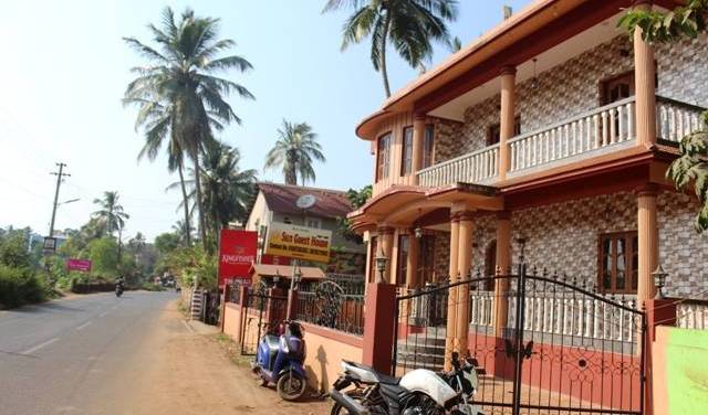 Sun Guest House and Apartment - Get cheap hostel rates and check availability in Calangute 13 photos