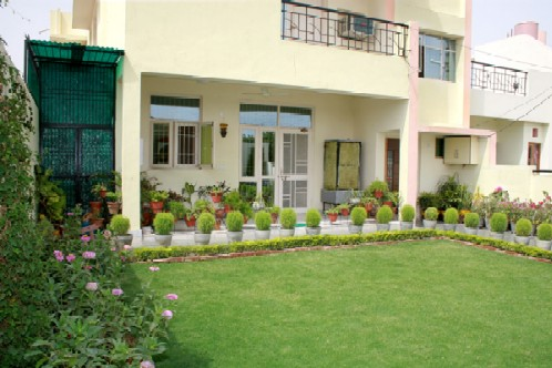 Garden Villa Homestay, Agra, India, famous travel locations and bed & breakfasts in Agra
