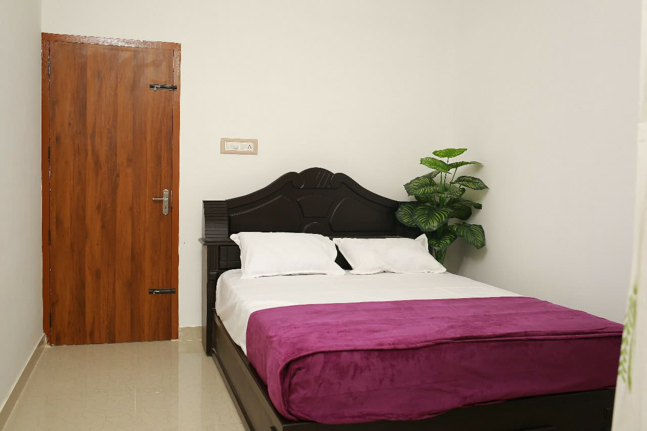 Gems Apartment Hotel and Homestay, Irinjalakuda, India, India hostels and hotels