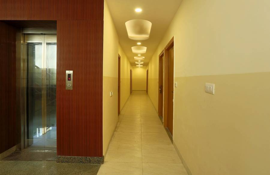 Hotel Aeroporto, New Delhi, India, bed & breakfasts and hotels for sharing a room in New Delhi