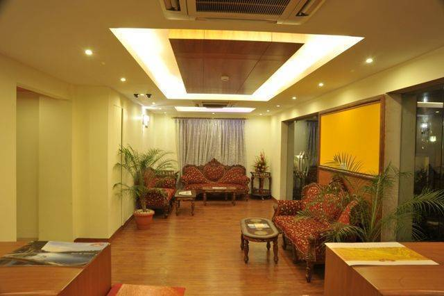 Hotel Emarald, Connaught Place, India, affordable motels, motor inns, guesthouses, and lodging in Connaught Place