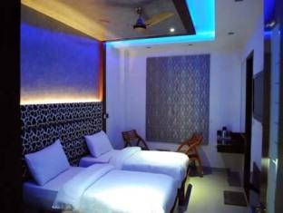 Hotel Fortuner, Delhi, India, find the best hostel prices in Delhi