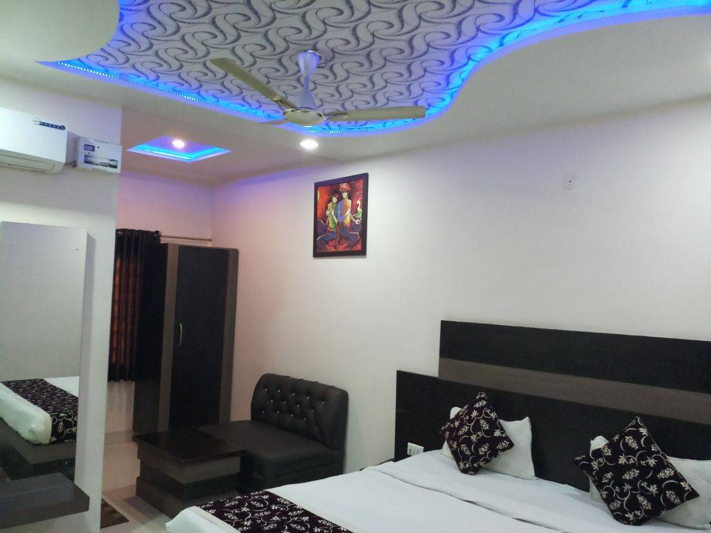 Hotel Gayatri Residency, Agra, India, high quality travel in Agra