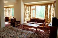 Hotel Green Acre, Srinagar, India, Cama & Café da manhã com café da manhã grátis dentro Srinagar