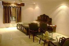Hotel Kanishka Palace, New Delhi, India, best hostels and backpackers in the city in New Delhi