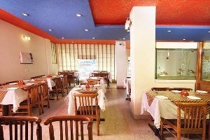 Hotel Mandakini Villas, Agra, India, cool hotels for every traveler who's on a budget in Agra