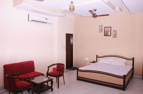 Hotel Mansarovar Palace, Jaipur, India, India hostels and hotels