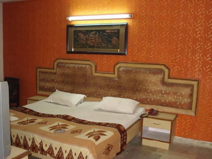 Hotel Pal Regency, New Delhi, India, Otwarte bnb i schroniska w New Delhi