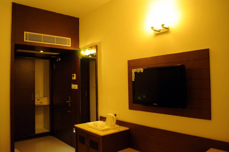 Hotel Prince Gardens, Coimbatore, India, affordable motels, motor inns, guesthouses, and lodging in Coimbatore