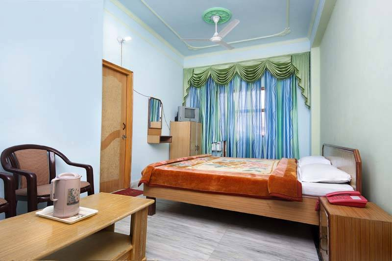 Hotel Raj Bed and Breakfast, Agra, India, the most trusted reviews about bed & breakfasts in Agra