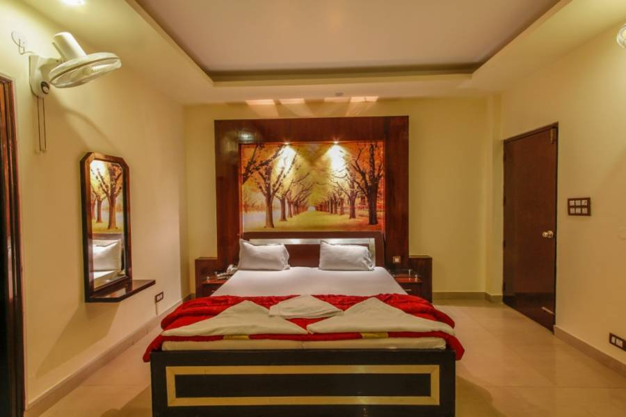 Hotel Rajpur Heights, Dehra Dun, India, backpackers hostels and backpacking in Dehra Dun