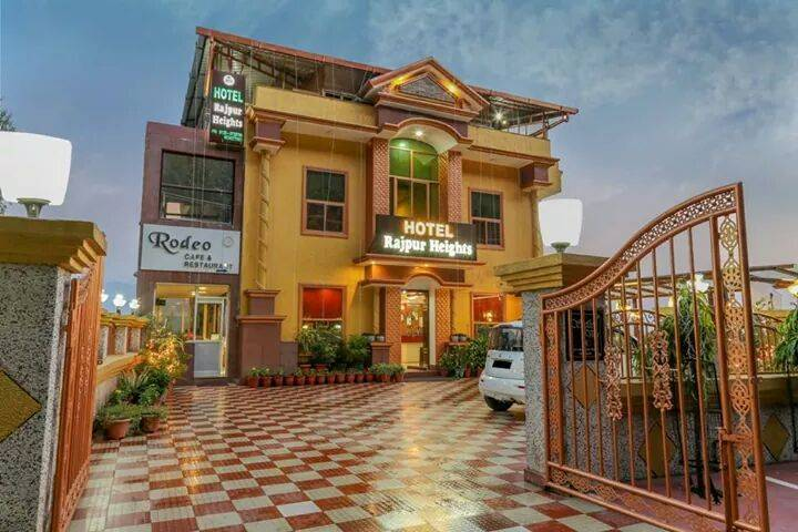 Hotel Rajpur Heights, Dehra Dun, India, India hostels and hotels