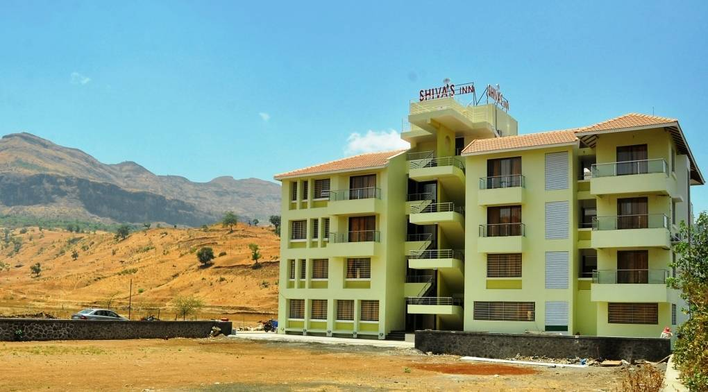 Hotel Shivas Inn, Nasik, India, preferred bed & breakfasts selected, organized and curated by travelers in Nasik