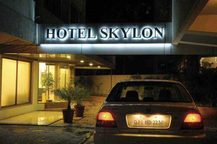 Hotel Skylon, Ahmadabad, India, India hostels and hotels